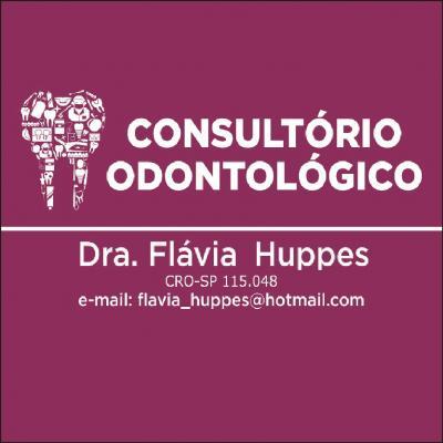 Dra. Flávia Huppes